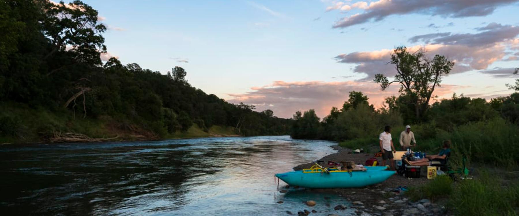 rafting the Sacramento River