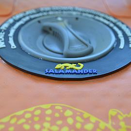 Inflatable-Pumps-Salamander-Paddle-Gear-SUP-Raft