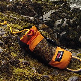 Awesome-Throw-Ropes-Salamander-Paddle-Gear